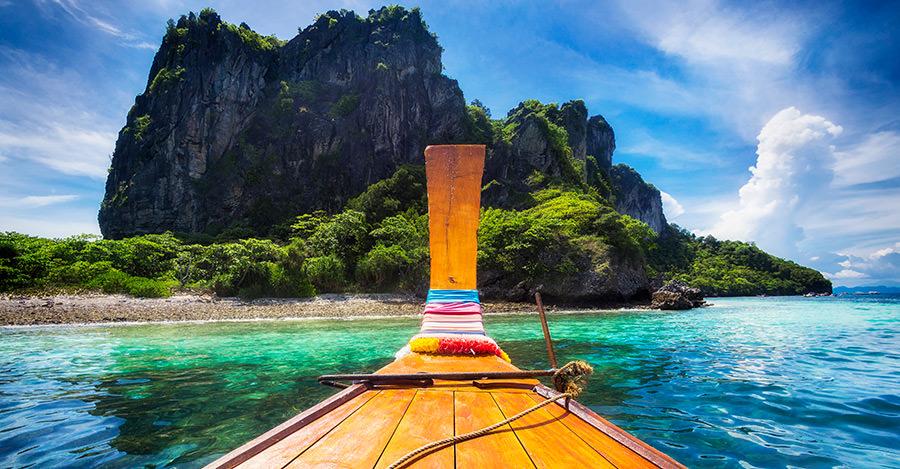 La gente de Tailandia, sus extravagantes ciudades y sitios increíbles son solo parte de lo que puedes ver. Asegúrate de explorarlos de forma segura con las vacunas de viaje y las recomendaciones de Passport Health.