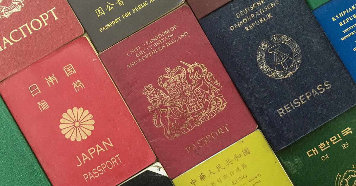 ¿Cuál es el significado detrás de los colores del pasaporte?