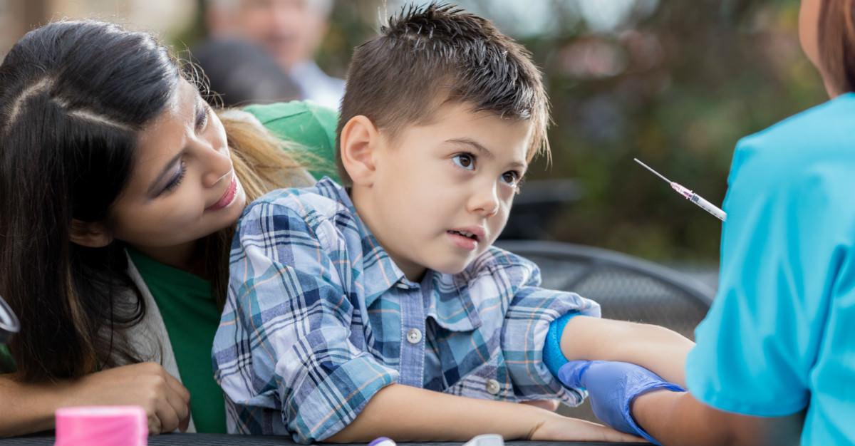 Les vaccins combinés sont une option viable pour les immunisations interminables des enfants.