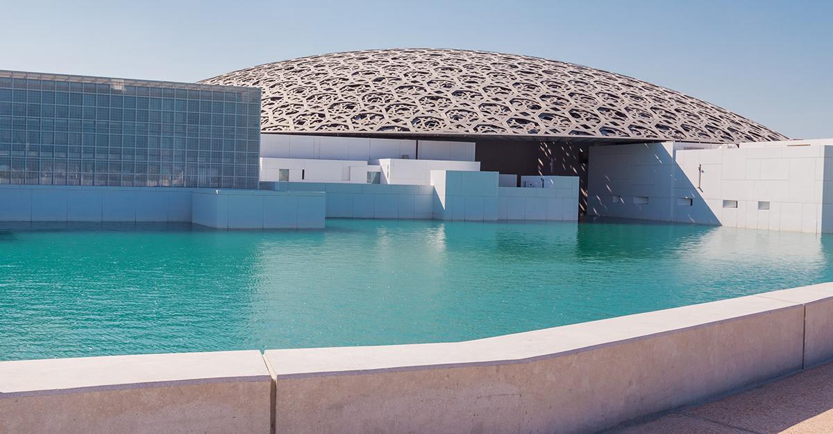 Conoce el nuevo Museo Louvre en Abu Dhabi