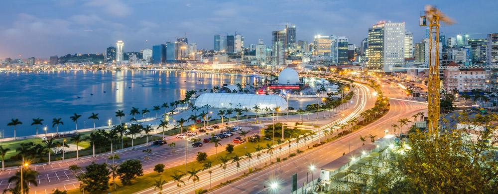 Angola tiene de todo para explorar. Asegúrate de ir en forma segura con tus vacunas de viaje y los consejos de Passport Health.