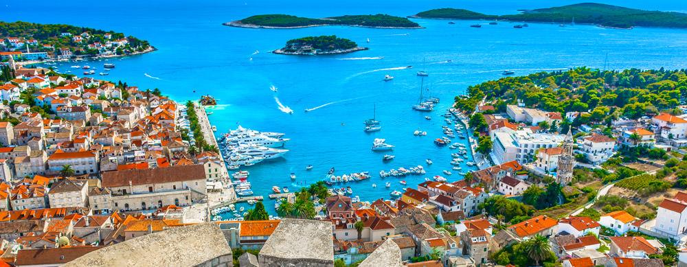 Croacia tiene de todo para explorar. Asegúrate de ir en forma segura con tus vacunas de viaje y los consejos de Passport Health.
