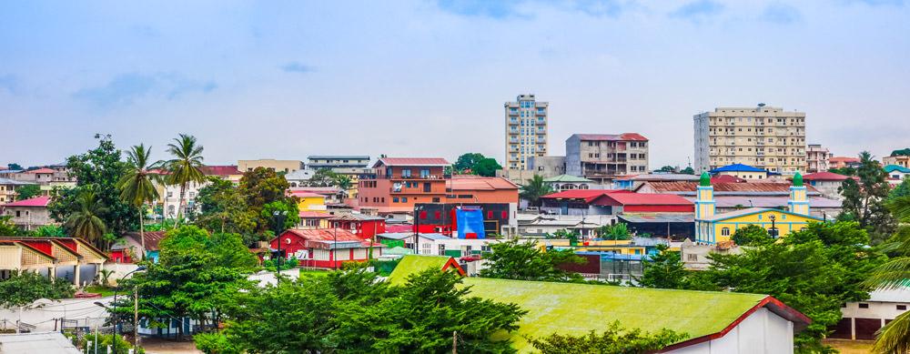 Guinea Ecuatorial tiene de todo para explorar. Asegúrate de ir en forma segura con tus vacunas de viaje y los consejos de Passport Health.