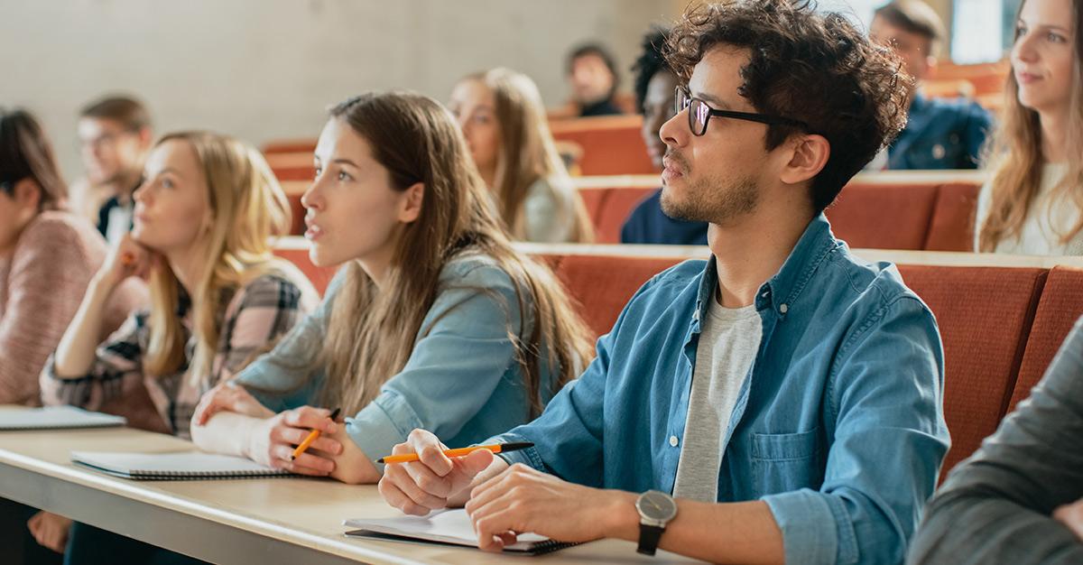 5 beneficios de estudiar inglés en el extranjero