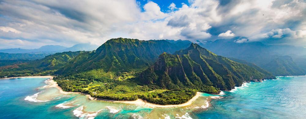 Hawái tiene de todo para explorar. Asegúrate de ir en forma segura con tus vacunas de viaje y los consejos de Passport Health.