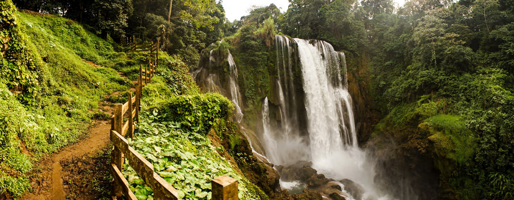 Honduras tiene de todo para explorar. Asegúrate de ir en forma segura con tus vacunas de viaje y los consejos de Passport Health.