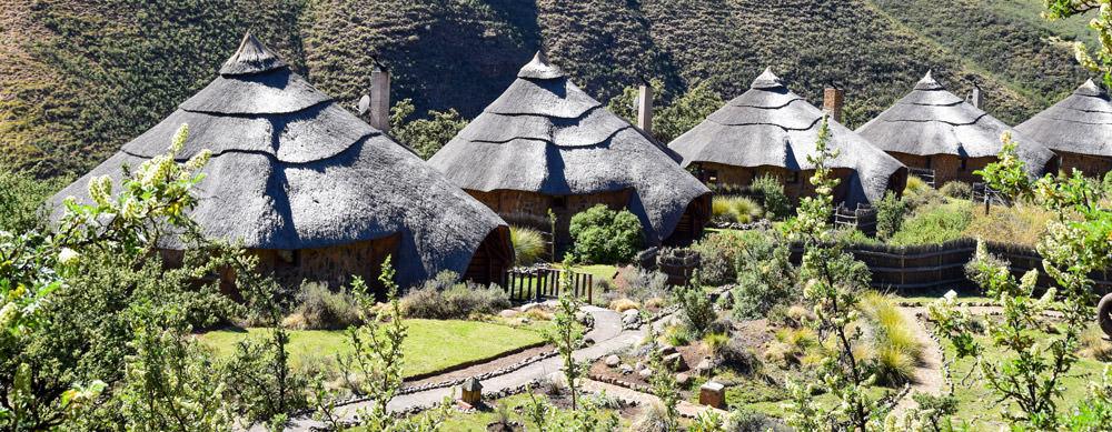 Lesoto tiene de todo para explorar. Asegúrate de ir en forma segura con tus vacunas de viaje y los consejos de Passport Health.