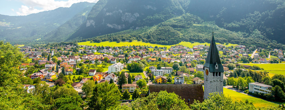 Liechtenstein tiene de todo para explorar. Asegúrate de ir en forma segura con tus vacunas de viaje y los consejos de Passport Health.
