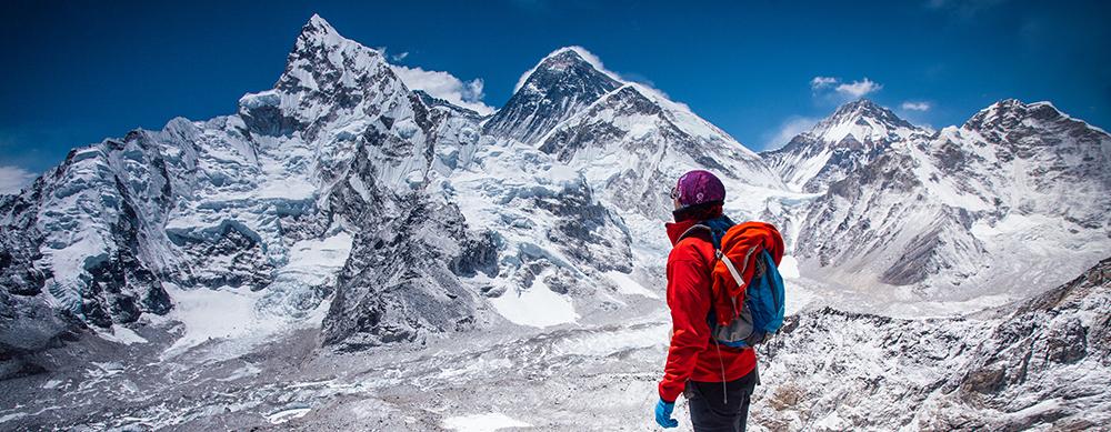 Nepal establece nuevas reglas para escaladores del Everest por muertes
