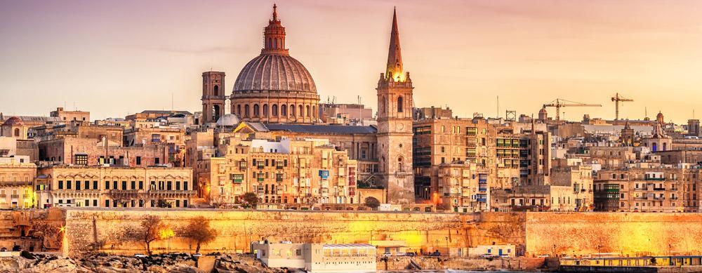 Malta tiene de todo para explorar. Asegúrate de ir en forma segura con tus vacunas de viaje y los consejos de Passport Health.