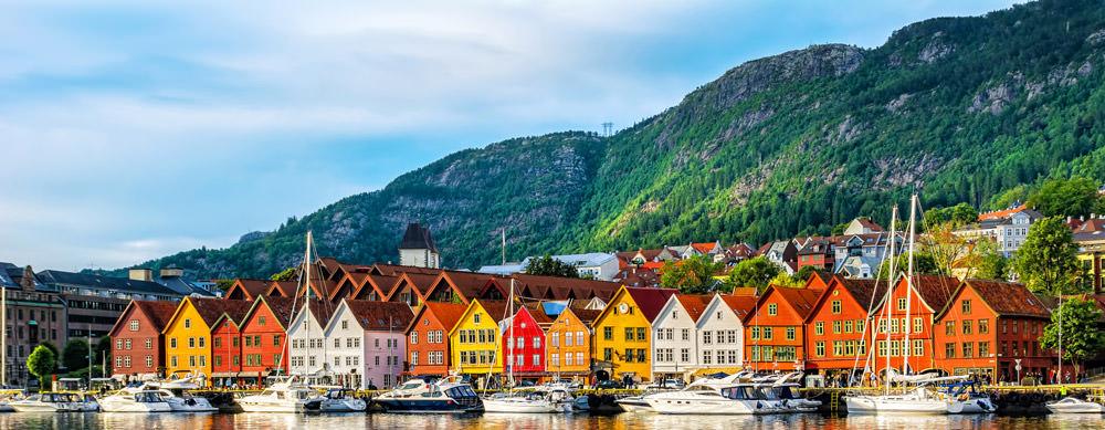 Noruega tiene de todo para explorar. Asegúrate de ir en forma segura con tus vacunas de viaje y los consejos de Passport Health.