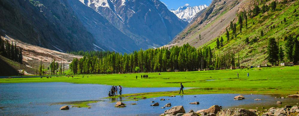 Pakistán tiene de todo para explorar. Asegúrate de ir en forma segura con tus vacunas de viaje y los consejos de Passport Health.