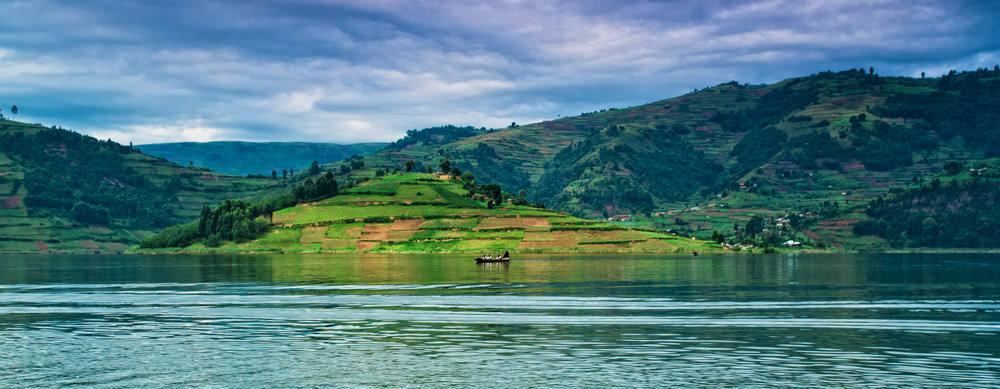 República del Congo tiene de todo para explorar. Asegúrate de ir en forma segura con tus vacunas de viaje y los consejos de Passport Health.