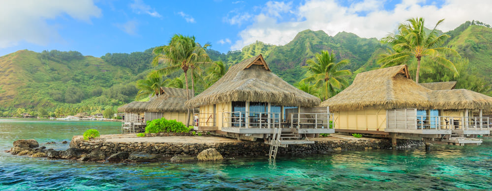Tahití tiene de todo para explorar. Asegúrate de ir en forma segura con tus vacunas de viaje y los consejos de Passport Health.