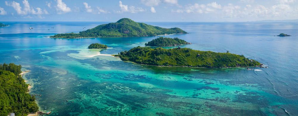 Seychelles tiene de todo para explorar. Asegúrate de ir en forma segura con tus vacunas de viaje y los consejos de Passport Health.