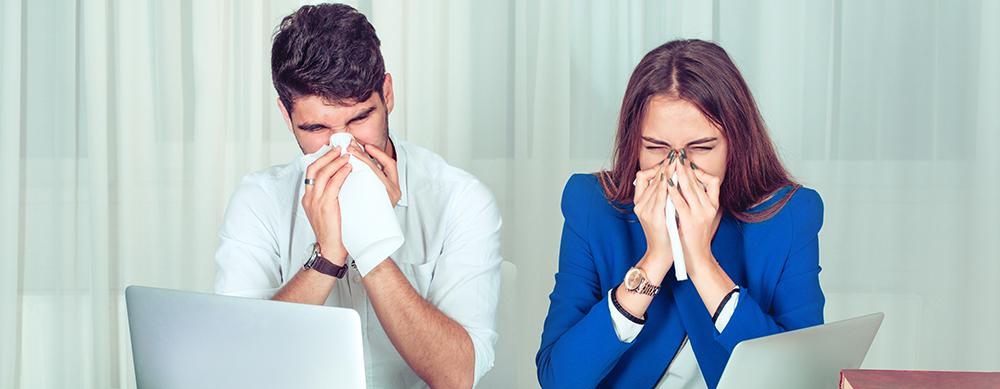 5 tips para ayudar a mantenerte libre de influenza en la oficina