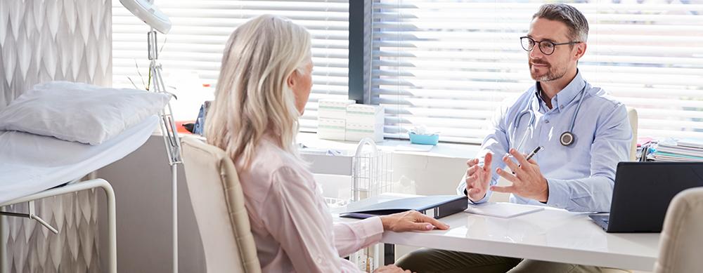 ¿La vacuna contra el herpes zóster causa efectos secundarios?