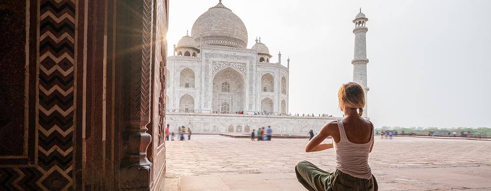 ¿Qué vacunas necesitas si vas a un retiro de yoga en India?